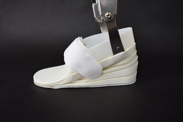 義肢工房ゆいは医療用コルセットフルオーダーの義肢工房です。
